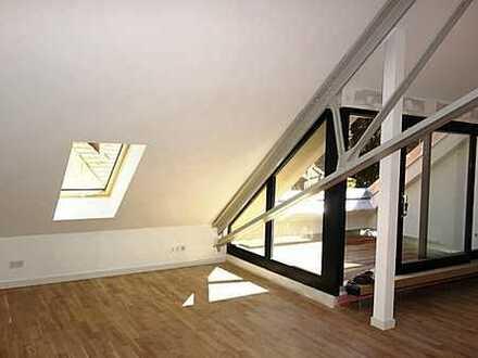 """""""Am Funkerberg"""" - Quadrillenhalle: Großzügige Dachgeschoss-Wohnung mit Galerie und West-Dachterrasse"""