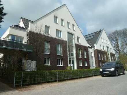 5-Zimmer Maisonette-Wohnung mit 30qm Dachterrasse in ruhiger Lage - Familien geeignet