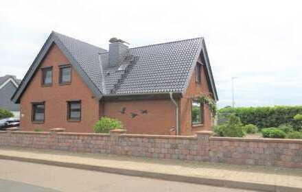 Top ausgestattetes , freistehendes und sehr gepflegtes Einfamilienhaus in Kappeln zu verkaufen.