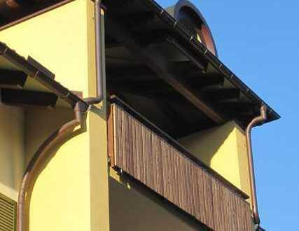 Von Privat, ohne Provision: zentral gelegene moderne Dachgeschosswohnung mit 2 Balkonen