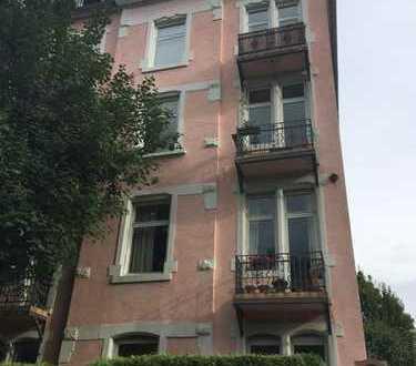 Exklusive 3ZKB Altbauwohnung mit großzügiger Terrasse - Erstbezug