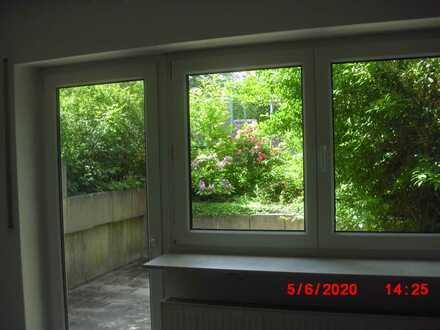Gepflegte 2-Zimmer-Souterrain-Wohnung mit Terrasse in Karlsbad-Ittersbach