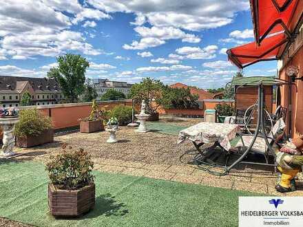 Sehr gepflegte Penthouse-Eigentumswohnung mit großer Terrasse!