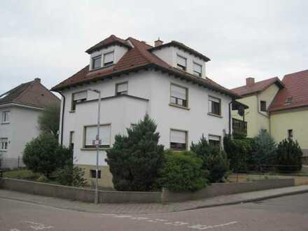 EG-Wohnung mit 3 ZKB in Mühlhausen inkl. Garage – ohne Makler