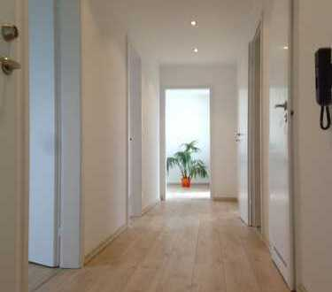 3 Zimmer Wohnung, modernisiert mit gradiosem Blick
