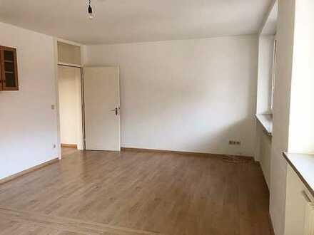 3 Zimmer-Whg ca. 79 m²*** großzügig und hell ***