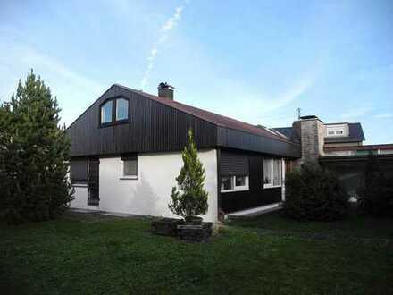Einfamilienhaus mit großem Garten in ruhiger Wohnlage