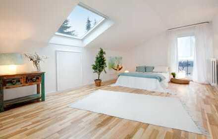 Schöne, ruhige und geräumige 3.5 Dachgeschosswohnung in bester Lage,Böblingen (Kreis), Sindelfingen