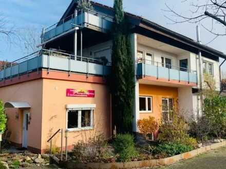 Vielseitig nutzbare Büro-/Praxis-/Laden-/Gewerbeflächen in Staufen