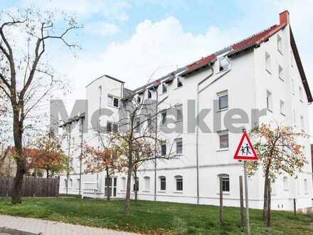 Kapitalanlage vor den Toren Leipzigs: Vermietete 1-Zimmer-Wohnung mit Balkon in grüner Lage