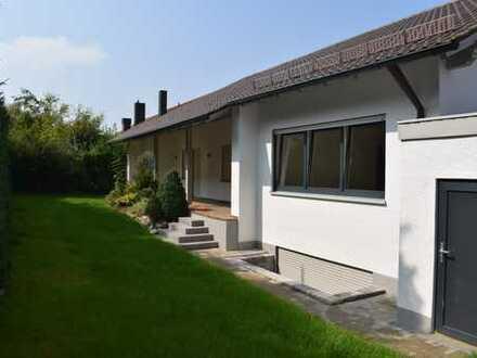 Hochwertig renoviertes Einfamilienwohnhaus in ruhiger Siedlungslage! Sofort verfügbar