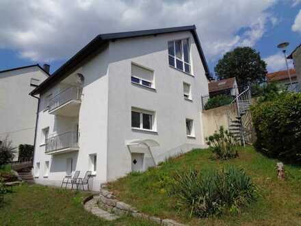 Geräumige 1,25-Zimmer-DG-Wohnung in Langenzenn