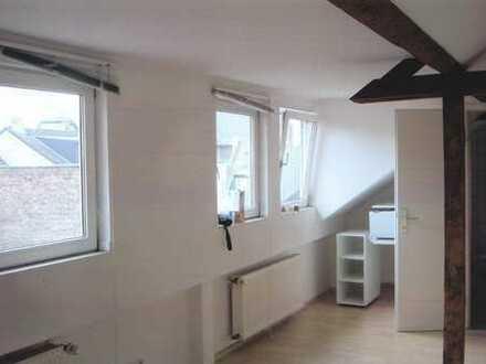 1-Zimmer Appartment in Nippes (Besichtigung am 17.2. um 12 Uhr)