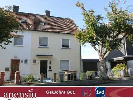 apensio - GEWOHNT GUT : ERSTBEZUG nach Renovierung-Doppelhaushälfte mit großem Grundstück-
