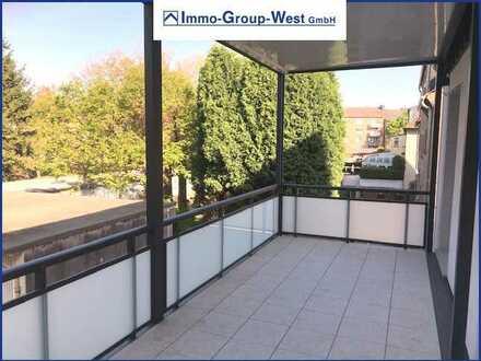Alles neu! Wohnung mit großzügigem Balkon im modernisiertem 3-Familienhaus