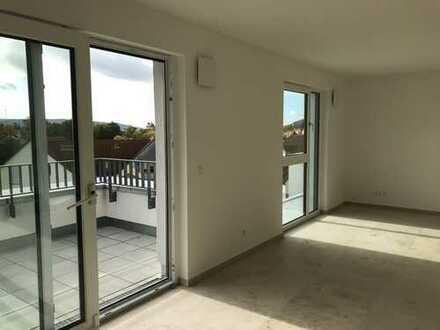 Erstbezug mit Dachterrasse: Stilvolle 3-Zimmer-Penthouse-Wohnung in Neumarkt in der Oberpfalz