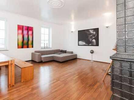 Großzügige und gepflegte 2-Zimmer-Altbau-Wohnung mit Einbauküche in Sendling