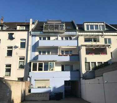 Ehrenfeld! Nähe S-Bahnhof, Ruhiglage, großzügige 1-Zimmerwohnung mit Wannenbad und Balkon