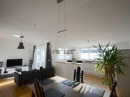 Moderne Wohnung mit Balkon, Einbauküche und TG-Stellplatz