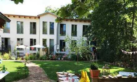 Exklusive, neuwertige 5-Zimmer-Maisonette-Wohnung mit Freisitz in Friedrichshagen