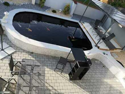 Elegante Wohnung incl. Schwimmingpool und hochwertige Einbauküche