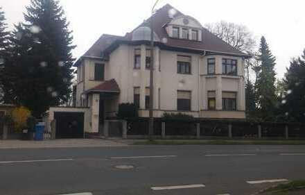Sanierte Villa mit 3 WE in Freiberg mit 400 m² Wfl. und 2000 m² Parkanlage