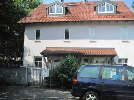 Doppelhaushälfte mit sechs Zimmern und 217 m² Wohn/Nfl. in München Ramersdorf / Giesing