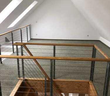 3 Zimmer Maisonette-Wohnung in Schlossparknähe