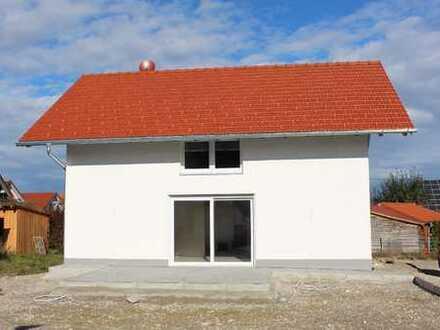 RARITÄT! Klein aber Fein! Modernes Einfamilienhaus mit Garten - ideal für Zwei!