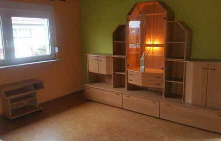 Gepflegte 3-Zimmer-Wohnung mit Terrasse, Einbauküche, möbliert in Billigheim-Sulzbach