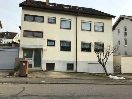 Schöne, geräumige ein Zimmer Wohnung in Esslingen (Kreis), Großbettlingen