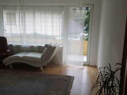 Helle und moderne 3-Zimmerwohnung mit Balkon