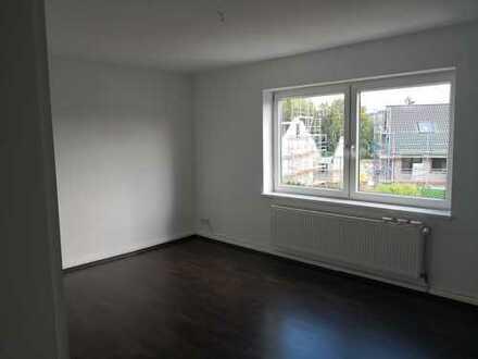 Ansprechende, vollständig renovierte 2-Zimmer-Hochparterre-Wohnung zur Miete in Schwelm