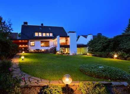 Großzügige Familienresidenz in TOP-Lage (Oberdorf) von Heisingen.