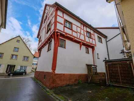 Denkmalgeschütztes Fachwerkhaus mit Garten - in historischem Charme und bezugsfrei!