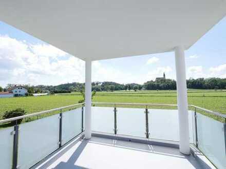... AIGNER - luxuriös gehobene 2-Zi-Whg. im 1.OG mit Balkon und EBK ...