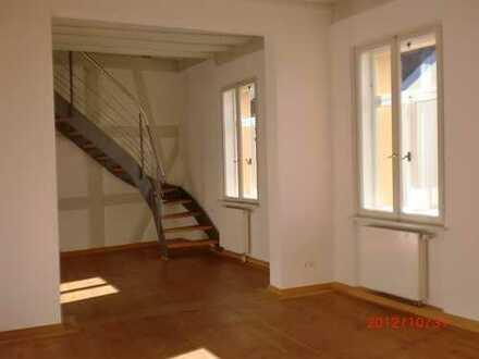 Tolle 3-Zimmer Maisonette-Wohnung im Herzen der Erlanger Altstadt - 1A Lage!