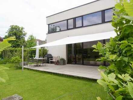 Repräsentatives Architektenhaus im schönen Duvenstedt