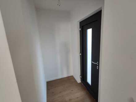 Erstbezug nach Sanierung: geräumige 1-Zimmer-Wohnung in Germersheim-Sondernheim