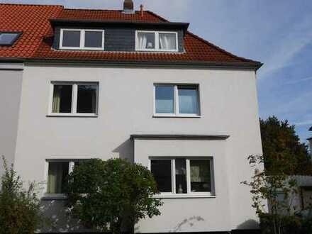 Schleswiger Viertel: nette Wohnung in energetisch sanierter kleiner Wohneinheit