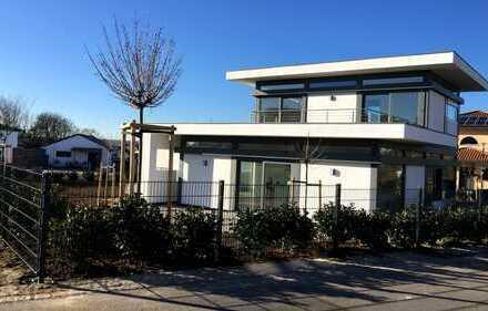 Modernes Architektenhaus in schöner, ruhiger Lage