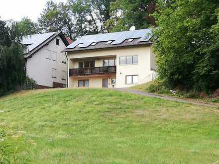 Naturnahe 3-Zimmer-Obergeschosswohnung mit großem Balkon in Vilseck/Reisach