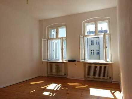 U-Residenzstr. - 2 Zimmer - Dielen - Wannenbad - WG - 58 m² - 729 € warm