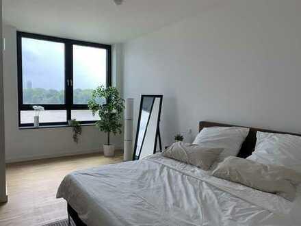 Großzügig gestaltete 3-Zimmer-Wohnung mit Loggia und Rheinblick