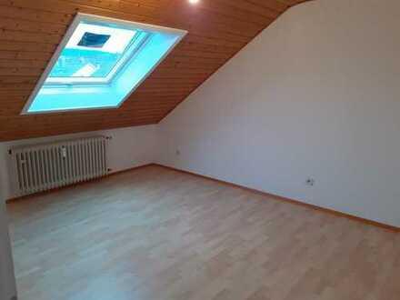 Haus & Grund Immobilien GmbH - gemütliche 2 ZKB Dachgeschosswohnung in HD-Kirchheim