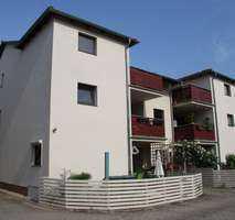 3 Raumwohnung mit Eichenparkett und großer Terrasse/Balkon im grünen Wohnumfeld, Gäste WC