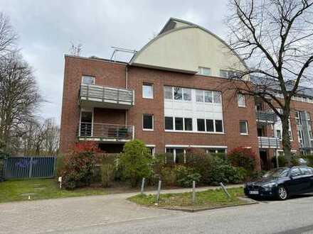 Gepflegte 3-Zimmer-Wohnung mit Terrasse und Einbauküche in Alsterdorf, Hamburg