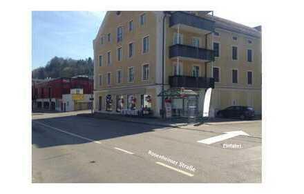 Ebenerdige Verkaufsfläche in gut frequentierter Lage für Einzelhandel, Büro oder Praxen