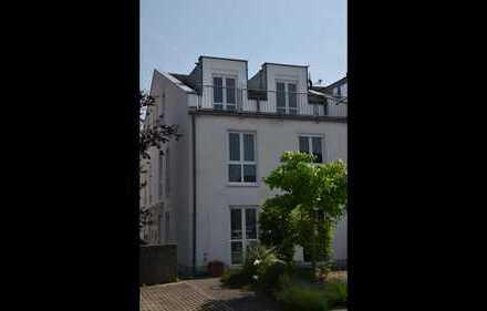 Komplett renoviertes EFH in ruhiger Wohnlage