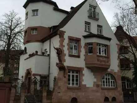 Exklusiv: 4 Zimmer Wohnung in der Villa Drachenfels in der besten Lage in Mannheim